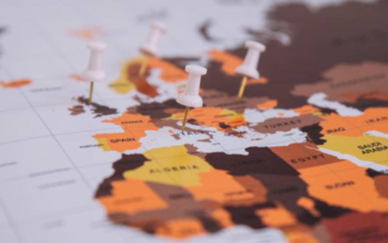 9 boeken die je vakantiebestemming in West-Europa dichtbij brengen